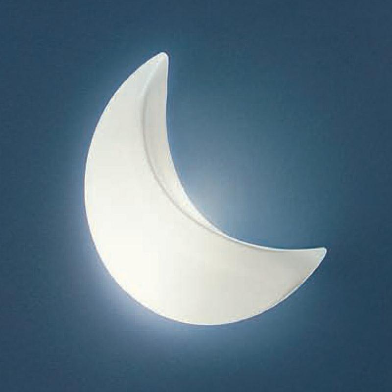 Moon_wall_01